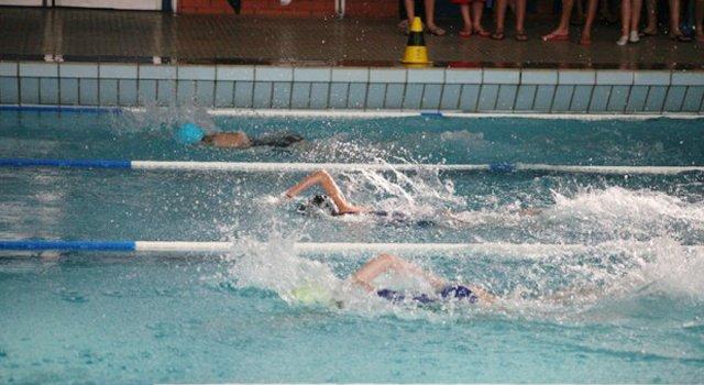 Nuoto: Tante medaglie per la Tubisider Cosenza