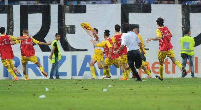 """""""Torneremo al Via del Mare"""": Lecce sconfitto, Arzanese in D"""