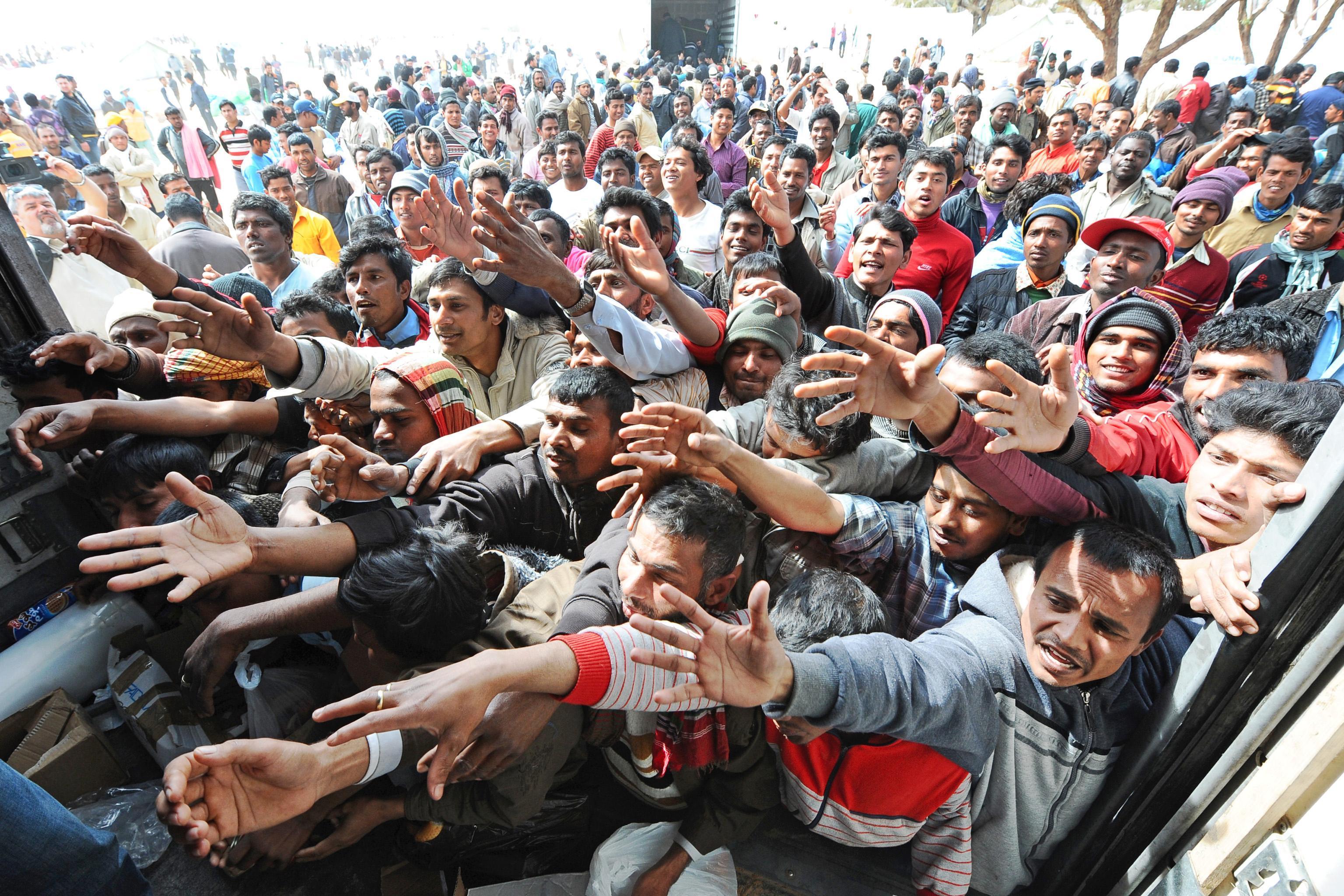 Sbarco migranti a Corigliano, minori non accompagnati trasferiti dal Brillia