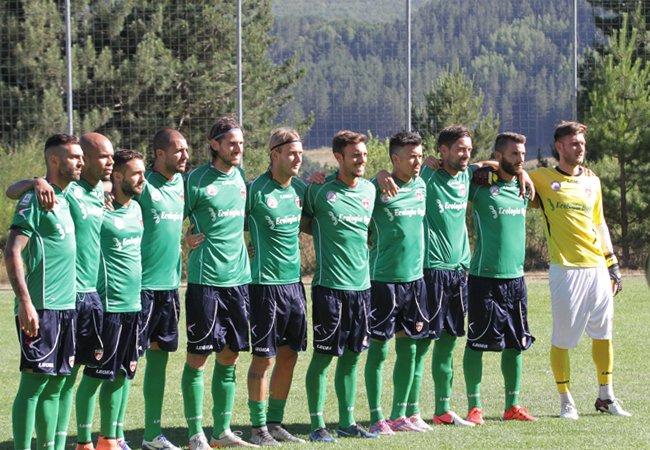 Caccetta firma il primo gol per il Cosenza. Con la Morrone è 8-0