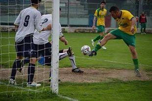 Marcatori Prima Cat/A: De Giacomo, tripletta e primo posto. Tantissimi a quota due. Primi gol per Ramunno (Cetraro) e D'Amico (Real Sant'Agata)