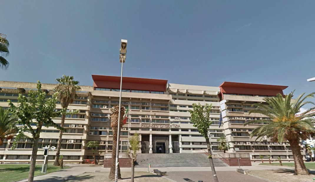 BUFERA PRECARI ASP | I legali di Perri: «Interrogatorio nullo, violato il diritto di difesa»