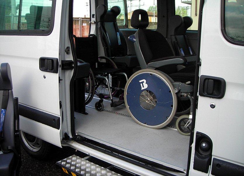 Trasporto per studenti disabili, la Provincia garantisce il servizio
