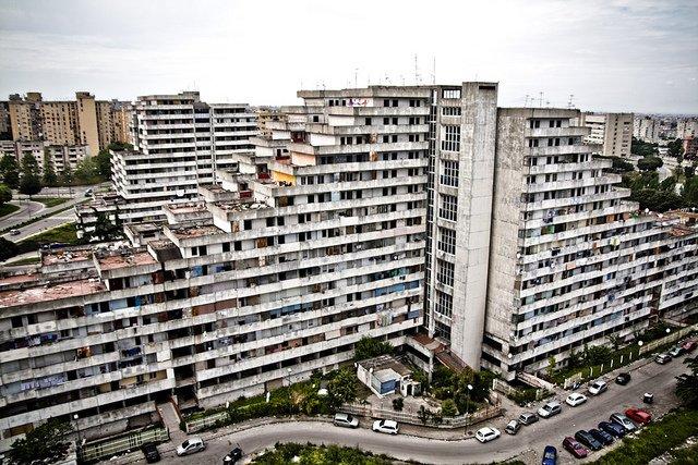 Maxi sequestro dei carabinieri a Napoli, trovato un deposito di droga