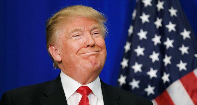 Twitter e Facebook hanno tutto il diritto di sospendere l'account di Trump