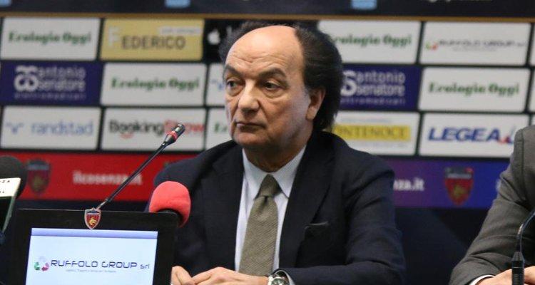 Il presidente del Cosenza, Eugenio Guarascio