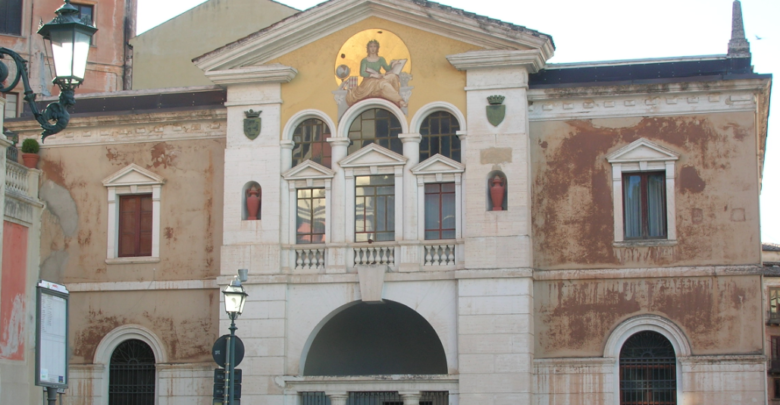 Biblioteca civica di Cosenza, parla il sottosegretario Anna Laura Orrico
