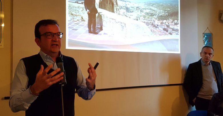 Cosenza, il sindaco Occhiuto è indagato per truffa: le accuse di Cirò