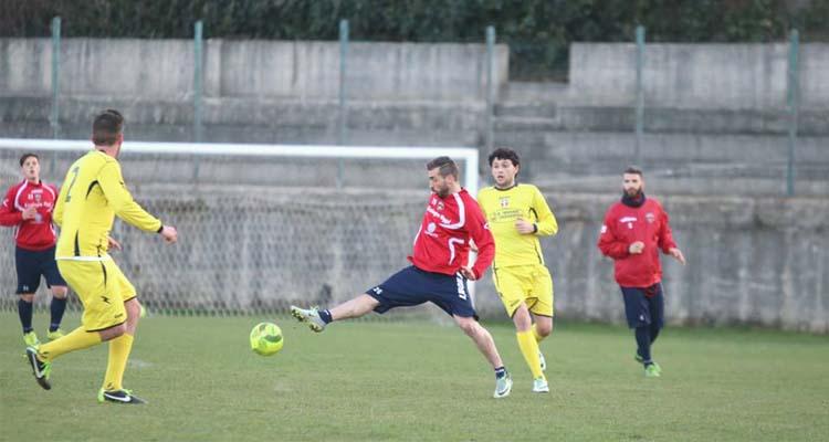 Tre gol per il Cosenza nel test di San Fili