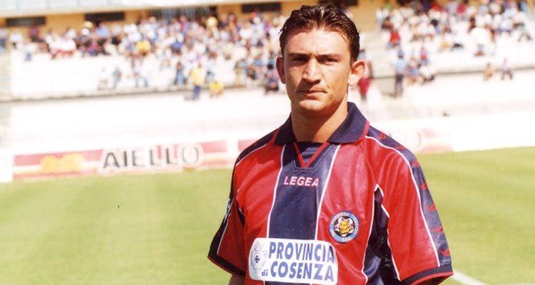 Quando Savoldi all'esordio piegò il Pescara con un destro micidiale [VIDEO]