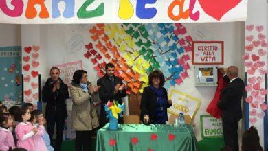 Photo of La BCC Mediocrati dona un defibrillatore alla scuola materna di Taverna di Montalto