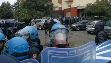 Photo of Forza Nuova a Cosenza, protesta e lanci uova durante la manifestazione Antifa