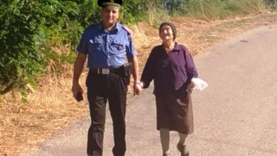 Photo of Anziana donna non trova più la strada di casa, ma incontra i carabinieri…