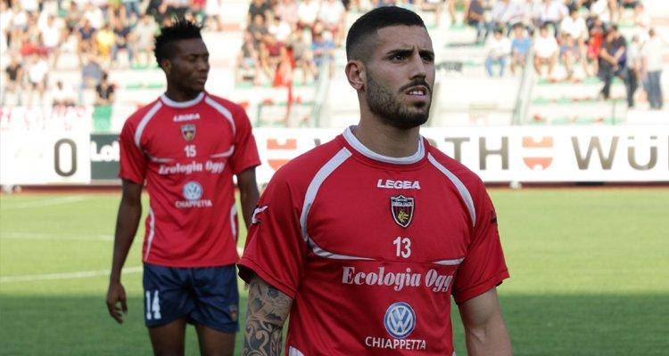 Il calciatore Gennaro Tutino durante la sua esperienza al Cosenza
