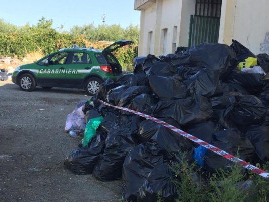 Cariati, sequestrata l'area ex mattatoio adibita a stoccaggio rifiuti