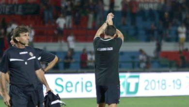 Photo of Serie B, terzo esonero in pochi giorni: a Livorno via Lucarelli, c'è Breda