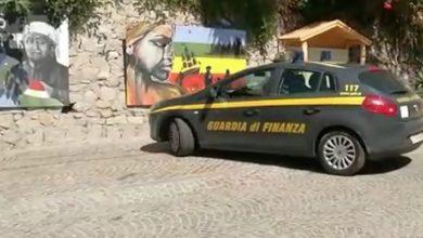 Photo of Mimmo Lucano lontano da Riace, il giudice non revoca il divieto di dimora