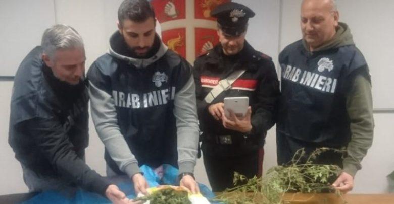 Famiglia gestiva il mercato della droga: i carabinieri arrestano 3 persone