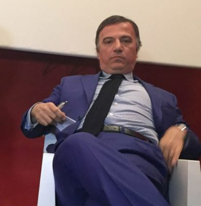 Riesame di Catanzaro che ha riqualificato il reato da abuso d'ufficio a tentato abuso d'ufficio, ponendo fine al regime degli arresti domiciliari a cui Galati era sottoposto.