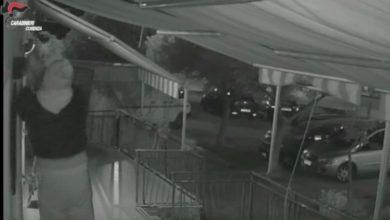 Photo of Paola, gruppo criminale dedito ai furti: arrestate 9 persone [VIDEO]
