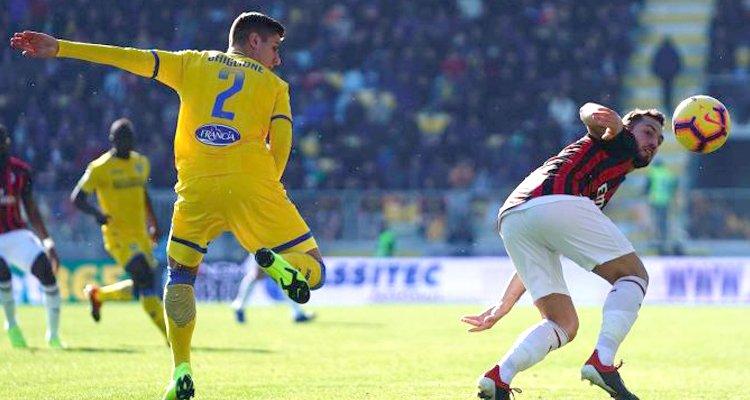 Ghiglione, super-match contro il Milan dell'esterno che piace al Cosenza