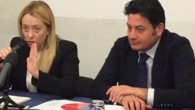 Photo of Da Giorgia Meloni parole di fuoco contro Berlusconi (e Forza Italia)