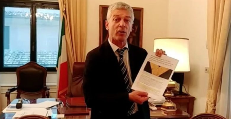 Magistrati indagati, Nicola Morra: «Inchiesta molto grave»