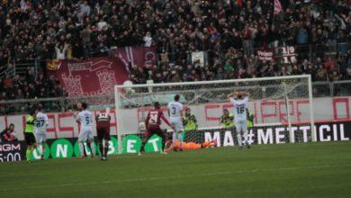Photo of Livorno-Cosenza 2-0: gli highlights del match e il rosso a Tutino