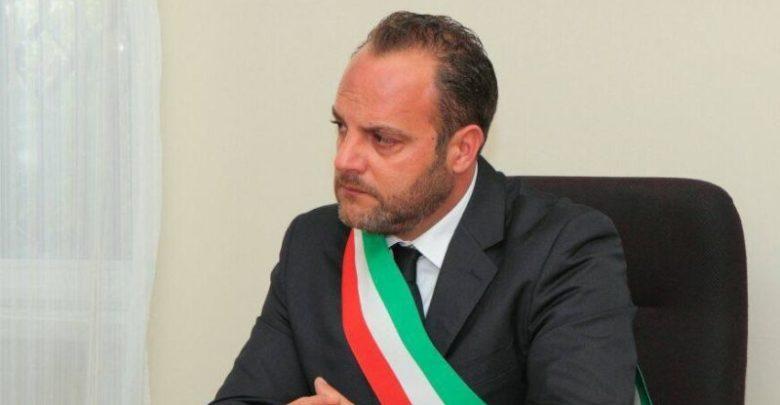 Celico sotto shock, arrestato il sindaco Antonio Falcone: ecco le accuse