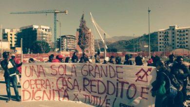 Photo of Emergenza abitativa, Prendocasa occupa il cantiere della Metro [FOTO]
