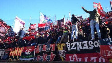 Photo of Perugia, l'arbitro fischia la fine. Delirio tra i tifosi del Cosenza [VIDEO]