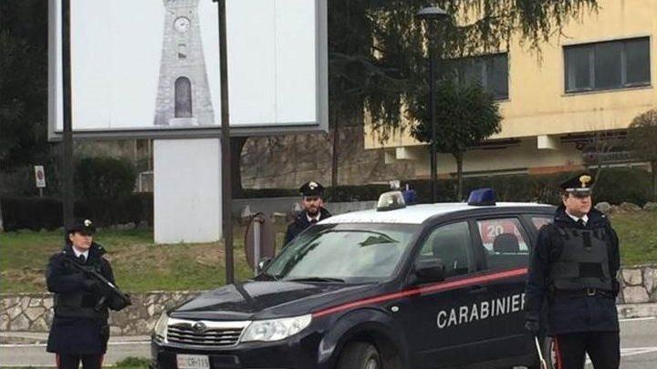 Castrolibero, teneva la moglie segregata in casa da tre giorni: arrestato
