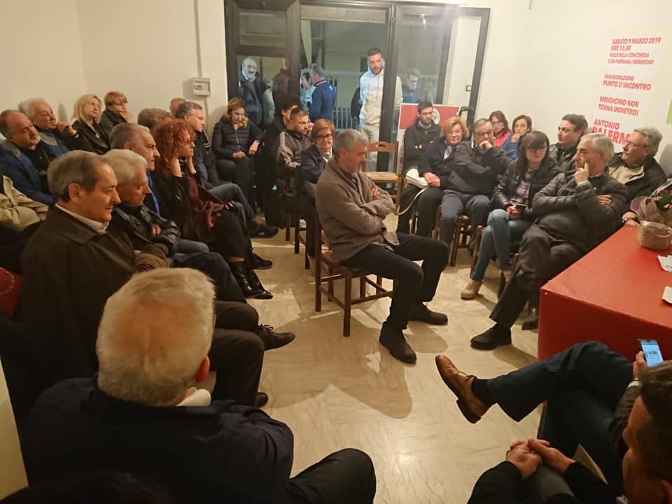 Mendicino, parte la campagna elettorale di Antonio Palermo