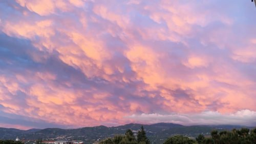 L'incanto del cielo Monet su Cosenza