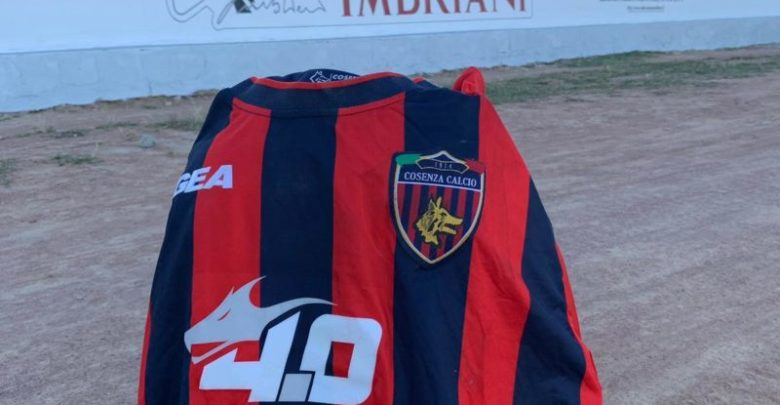 «In Tanzania un campo di calcio dedicato a Carmelo Imbriani» [FOTO]