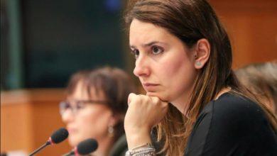 """Photo of M5S, Laura Ferrara """"scarica"""" Luigi Di Maio: «Mi hai deluso…»"""
