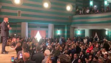 Photo of Europee, Di Maio a Cosenza: «Né destra né sinistra, sono tutti corrotti»