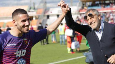 Photo of Tutino, gol in rovesciata e lo stadio gli dedica il coro di Maradona [VIDEO]
