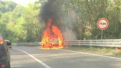 """Photo of Auto in fiamme in direzione Paola, circolazione rallentata sulla """"Crocetta"""""""