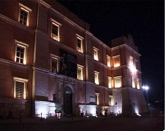 Cosenza, Evasione culturale a Palazzo Arnone