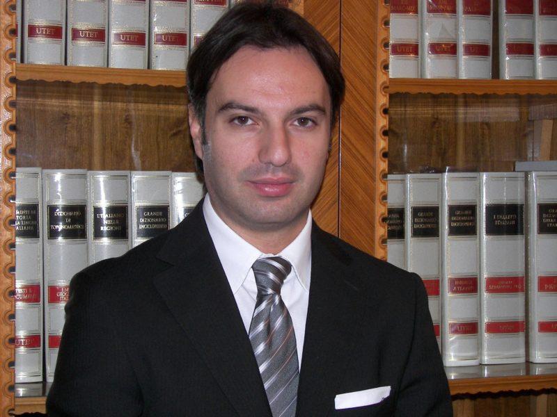 """L'avvocato Livio Faillace difende un dipendente dell'istituto """"Vittorio Veneto"""", al quale era stato negato il pagamento del Tfr."""