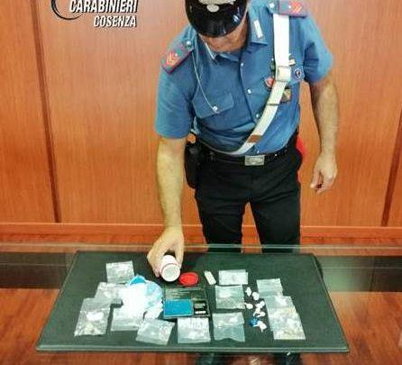 Cosenza spaccio di droga in via degli Stadi arrestato 38enne