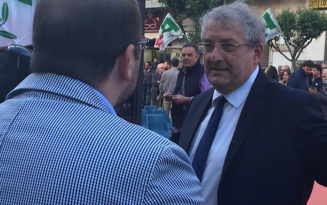 Diamante sceglie Ernesto Magorno sindaco