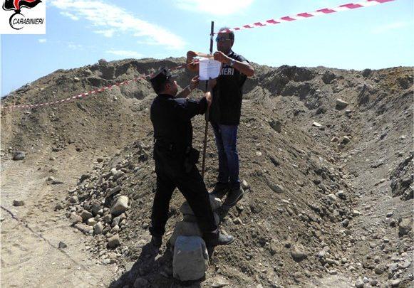Prelevavano sabbia dallo Stombi per portarla cantiere edile a Cariati