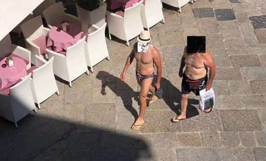 Volete andare a Tropea Da oggi è vietato girare in costume