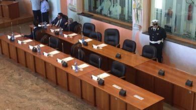 Photo of Consiglio Comunale Cosenza, sì alla variazione di bilancio: ecco il video del voto