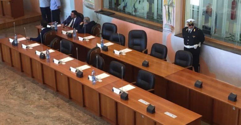Consiglio comunale sul dissesto, la minoranza di Cosenza non sarà in aula