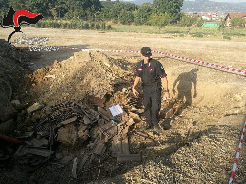 Montalto Uffugo: interravano rifiuti, tre persone denunciate