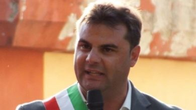 Photo of Italia Viva, il sindaco di Mendicino sceglie Matteo Renzi