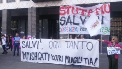 Photo of Cosenza, Matteo Salvini in città: la fotogallery del corteo pacifico